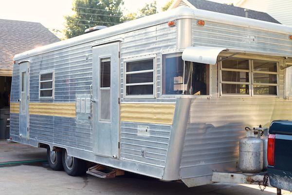 Vintage Camper Turned Glamper Diy Renovation Vintage