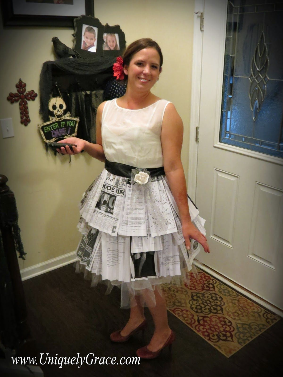 Parks and Recreation Leslie Knopeus Wedding Dress Costume Tutorial