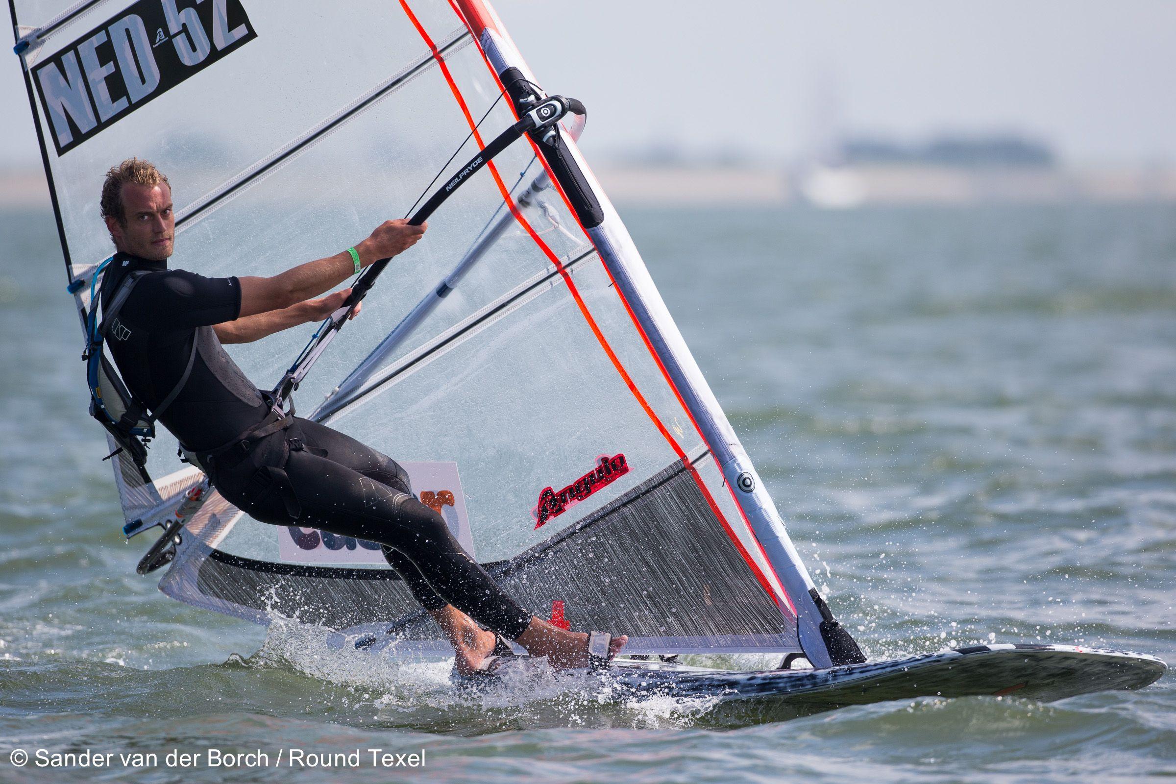 Ronde om Texel Windsurfen: Dennis Littel wint ONK Marathon Windsurfen