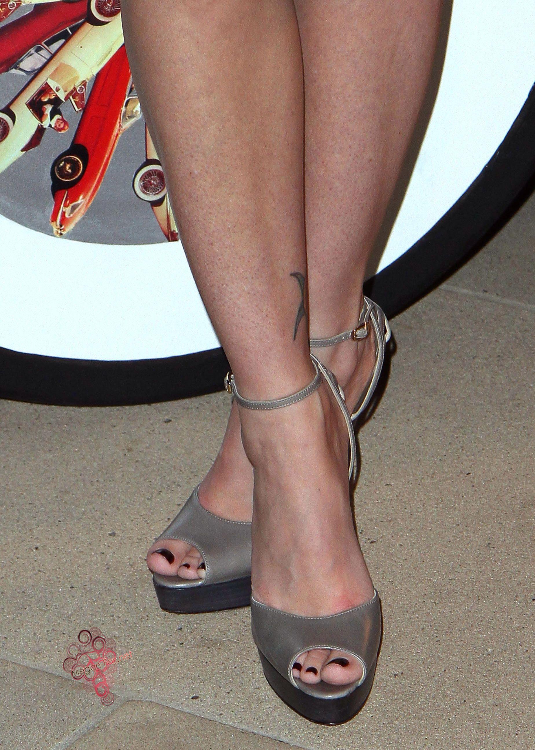 Ms. Megan Fox ...XoXo