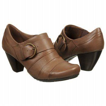 067d7c8b2425 Women s Bare Traps Tasha Mushroom Leather FamousFootwear.com