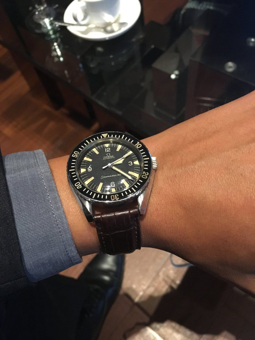 Vintage OMEGA Seamaster 300 Calibre 552 Diver In Stainless Steel Circa 1960s - https://omegaforums.net