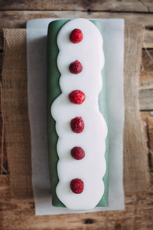battenberg cake #CartonMagazine