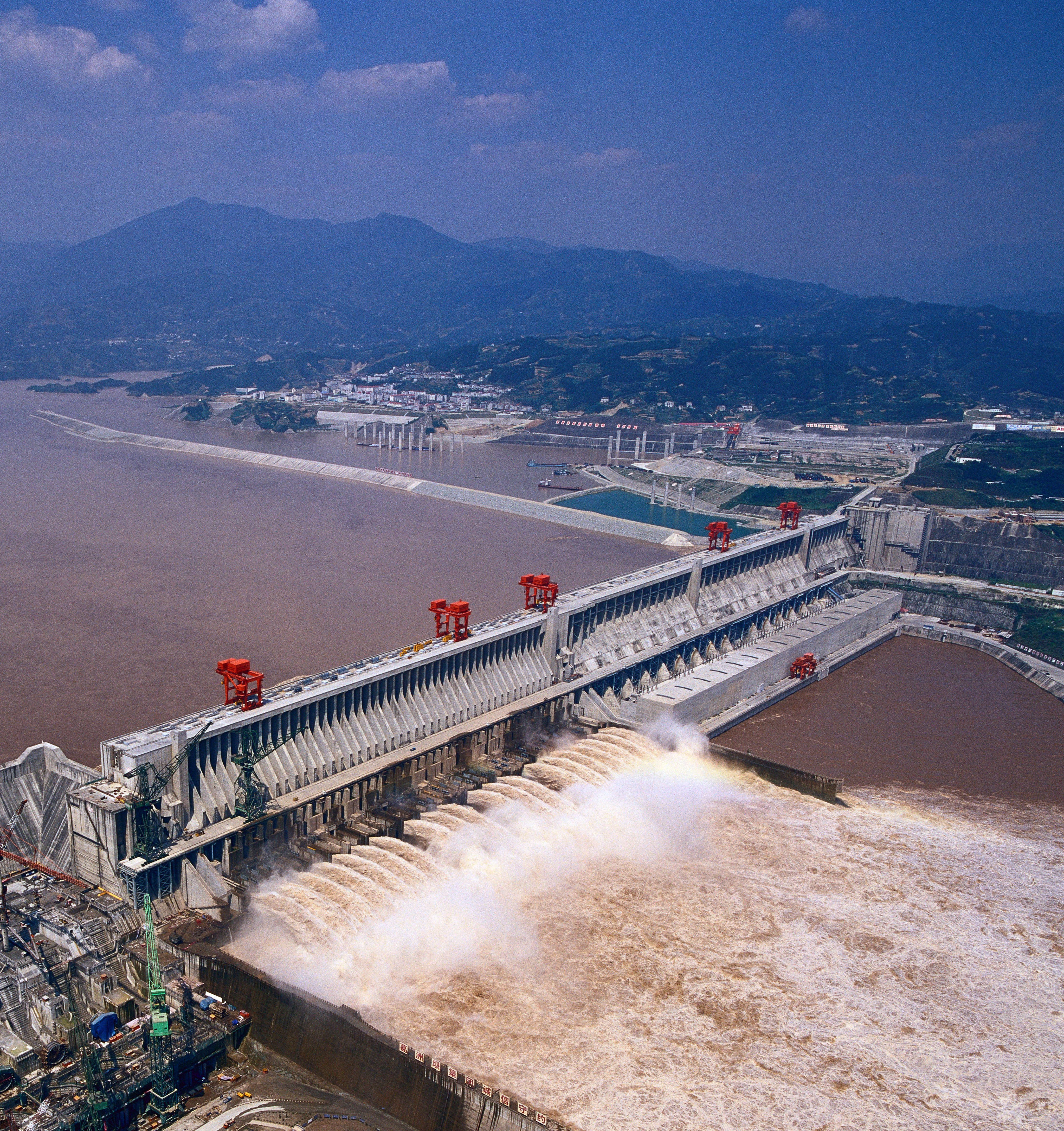 Three gorges dam project china s biggest project since the great wall - Three Gorges Dam Details About The Huge Water Conservancy Project