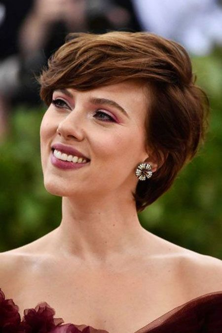 Apr 1 2020 - 30 Best Scarlett Johansson Short Hair#hair #johansson #scarlett #short