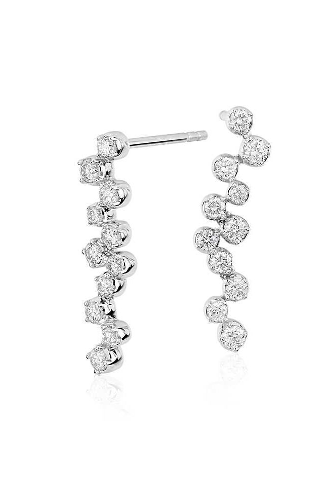Cascading diamonds in white gold form these elegant Monique Lhuillier earrings fit for a bride.