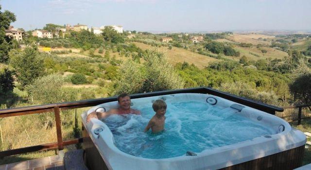 Hotel Porta Romana - 3 Star #Hotel - $50 - #Hotels #Italy #Siena http://www.justigo.com/hotels/italy/siena/porta-romana_172594.html
