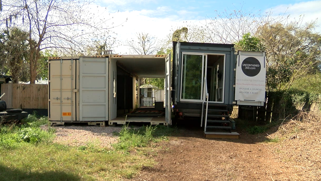 Tampa Bay Company Turns Shipping Containers Into Housing For Homeless Veterans Homeless Housing Shipping Container Shipping Containers For Sale