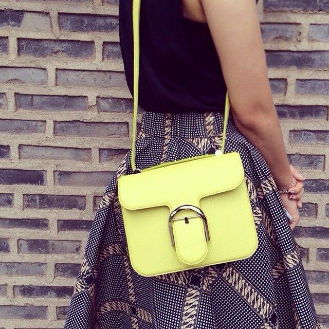 오랜만에 내 가방작업! 겨울에 꼭꼭숨겨놓았던 #limited #edition #color #leather #craft #handmade #crossbodybag #크로스백