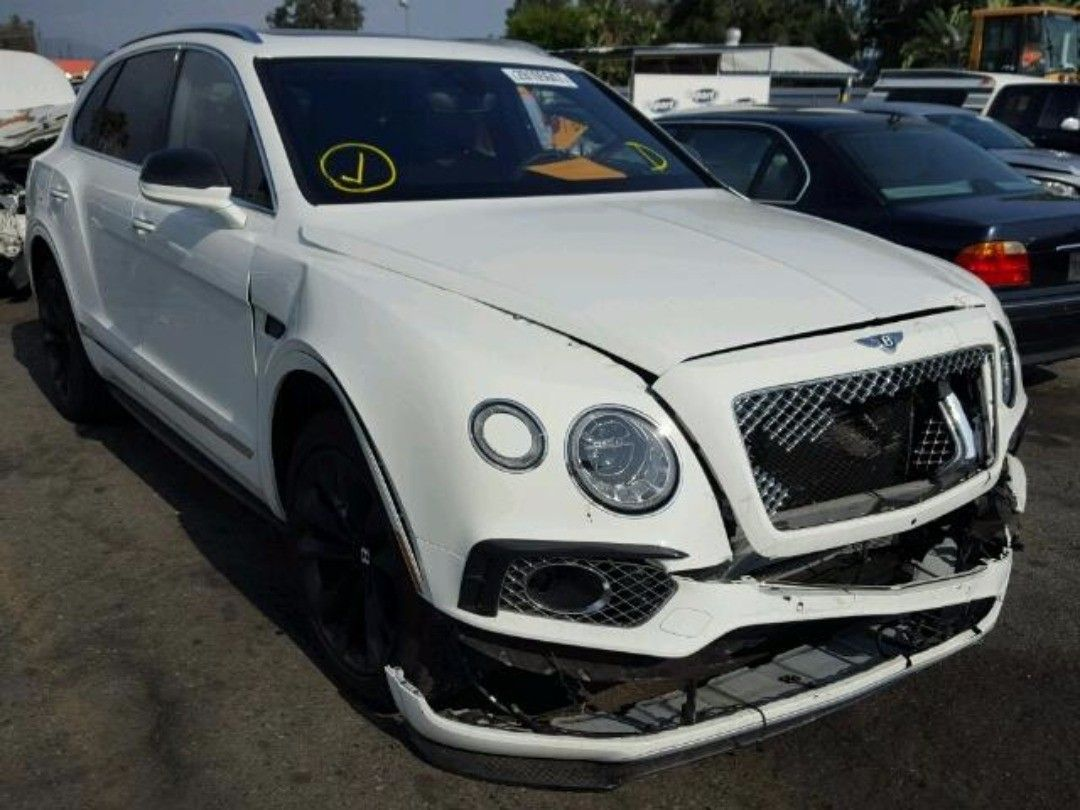 bentley vehicles distinctive new aston sale salvage dealership ab collection calgary used for find in martin