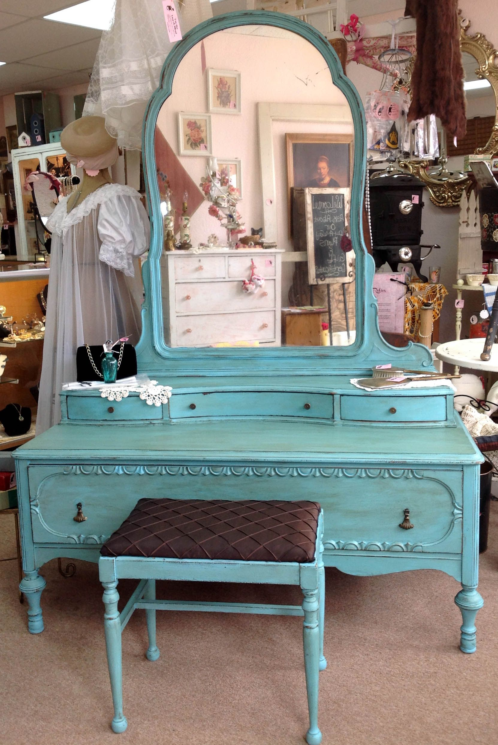 1920\'s Dresser Vanity w/ Original Bench Seat and Mirror. Exceptional ...
