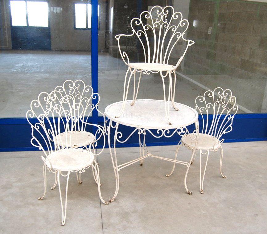 Sedie Per Giardino Ferro.Set Da Giardino In Ferro Anni 50 Con 4 Sedie Decorate A Coda Di