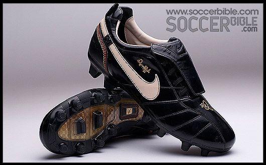 uk availability 7eb0a 58e83 ... wholesale nike tiempo ronaldinho 10r football boots vault football  boots soccer bible soccer boots 85287 a7393