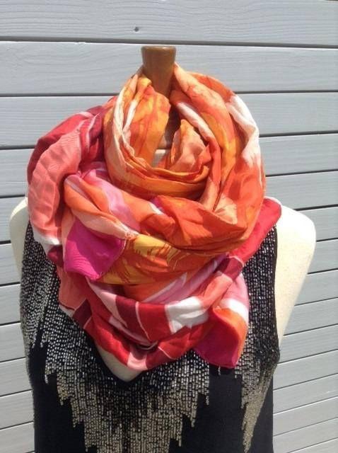 Very long scarf - sparkling colors - unique - vintage patterns   Mes ... e7f8e8ca301