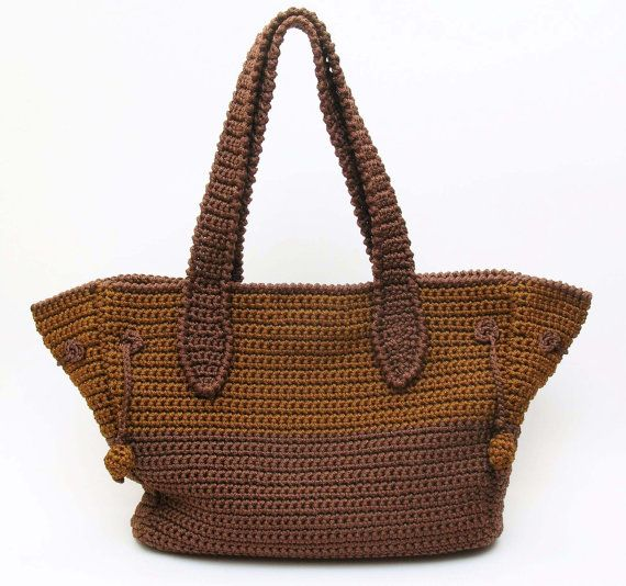Crochet pattern for a two sizes bag. Crochet a bag for carrying your ...