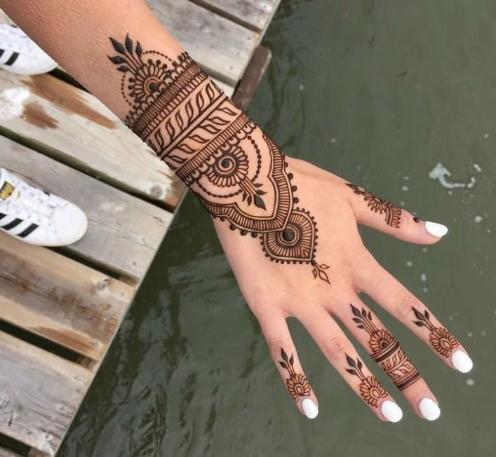 101 Latest Mehendi Designs & Beautiful Trends for Girls at Shilpa Ahuja