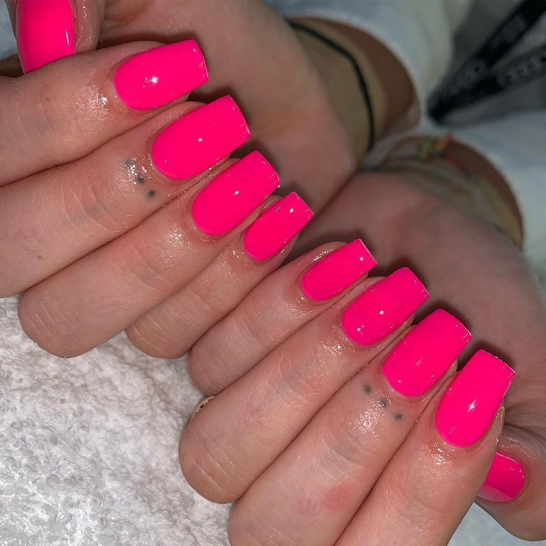 Short Square Electric Pink Gels  #nailtonails #nailwow #nailsofig #nailsnailsnai