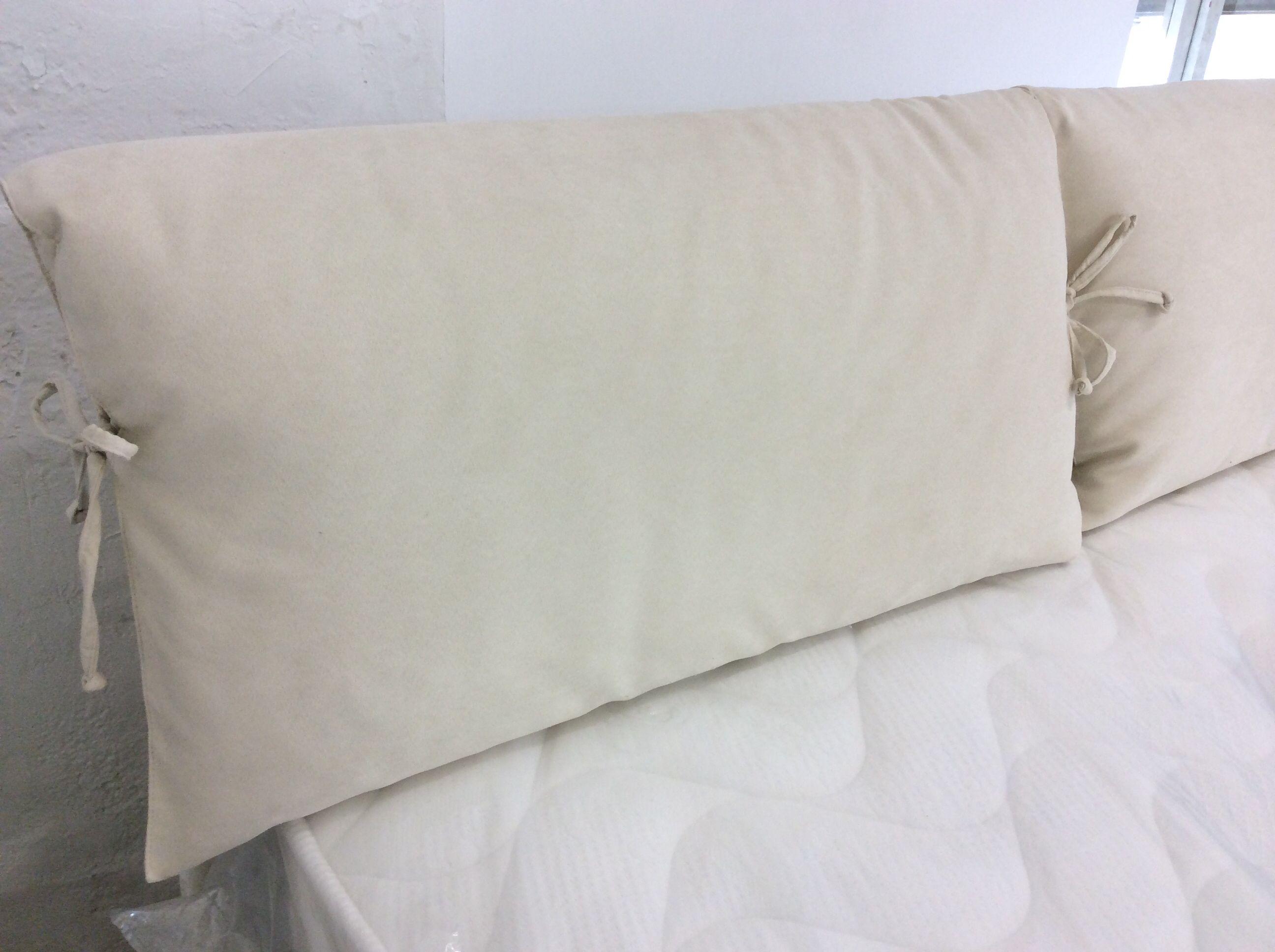 Letto Modello Viola : Particolare della testata del letto contenitore modello viola