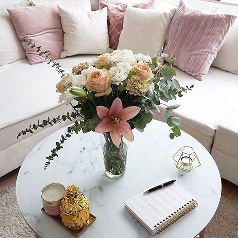 couchtisch antigua mit glasplatte couchtisch marmor. Black Bedroom Furniture Sets. Home Design Ideas