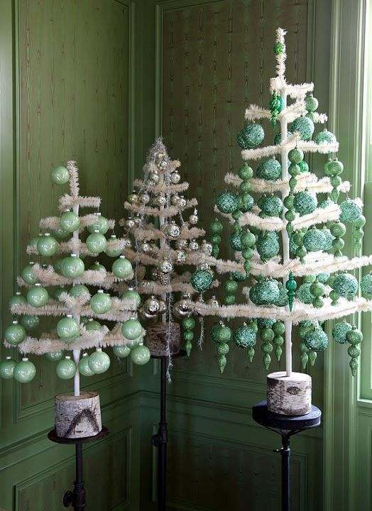 feather trees. Martha Stewart. - Feather Trees. Martha Stewart. Christmas Trees & Vignettes