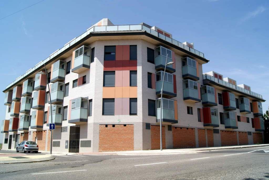 Obra nueva de bloques de viviendas en Alovera Tracería Estudio de Arquitectura