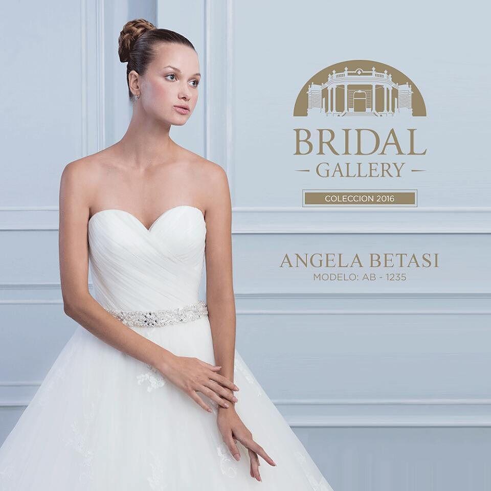 Ven por el vestido de tus sueños a #BridalGallery contamos con ...