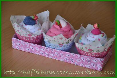 geschenk zur geburt body muffins babygeschenk. Black Bedroom Furniture Sets. Home Design Ideas