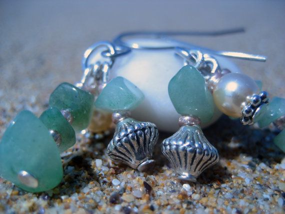 Green  Green Aventurine and Glass Beads earring by beauki on Etsy