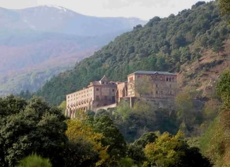 Valvanera: Ruta de los Monasterios III http://goo.gl/Ofak0t