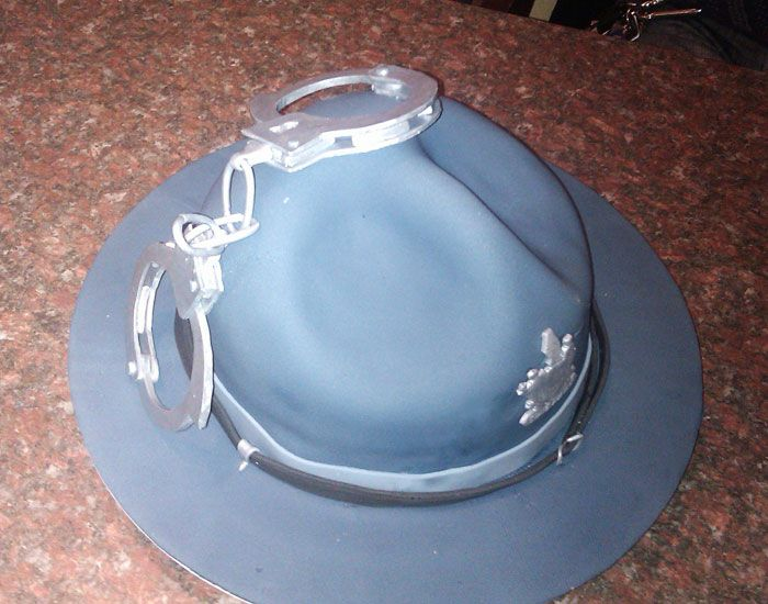 how to make fondant cake cake state trooper hat for our de state trooper s 4993
