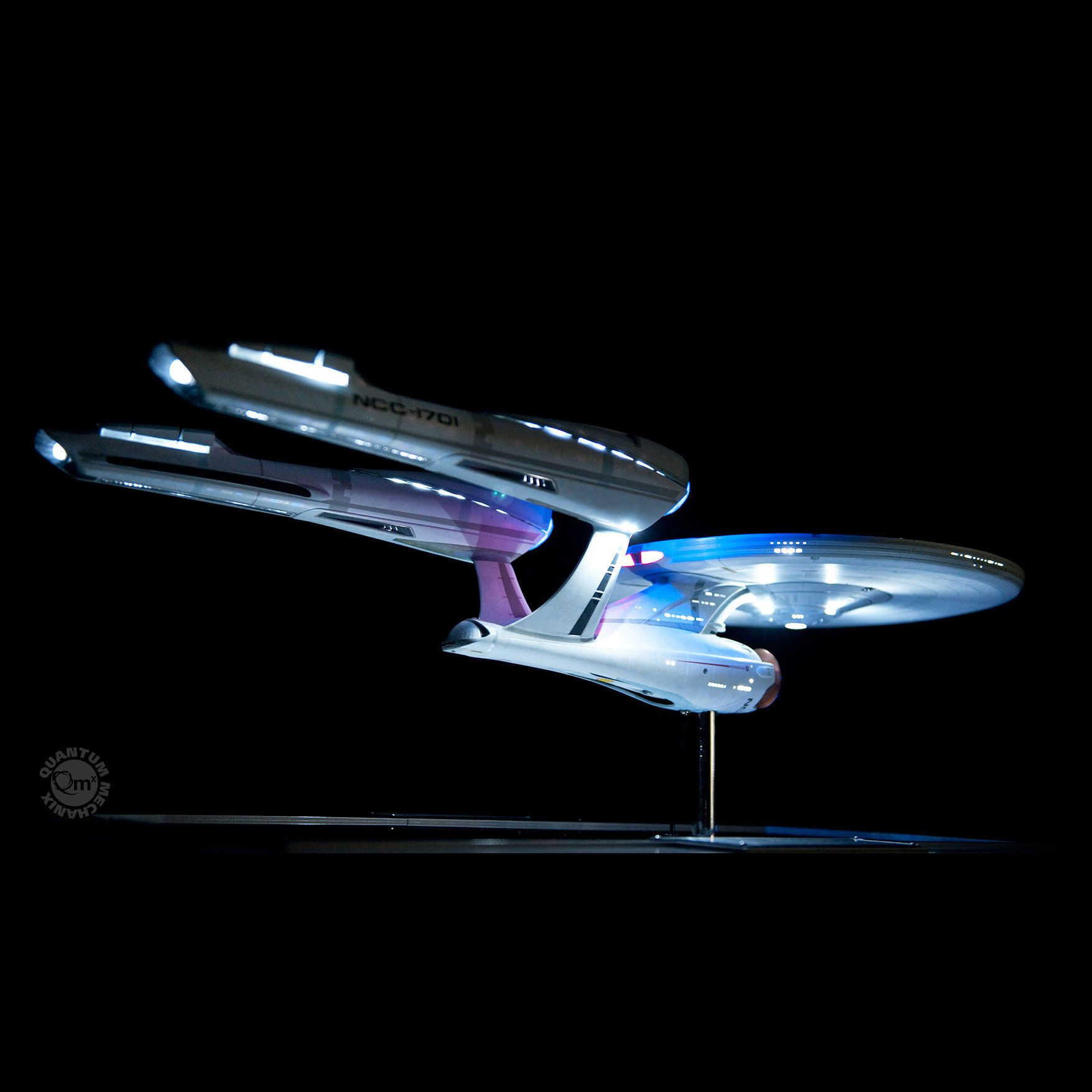 Star Trek 2009 Enterprise Artisan Replica