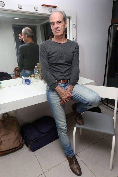 Ney Matogrosso desabafa após ter foto retirada de rede social: 'Brasil está careta'
