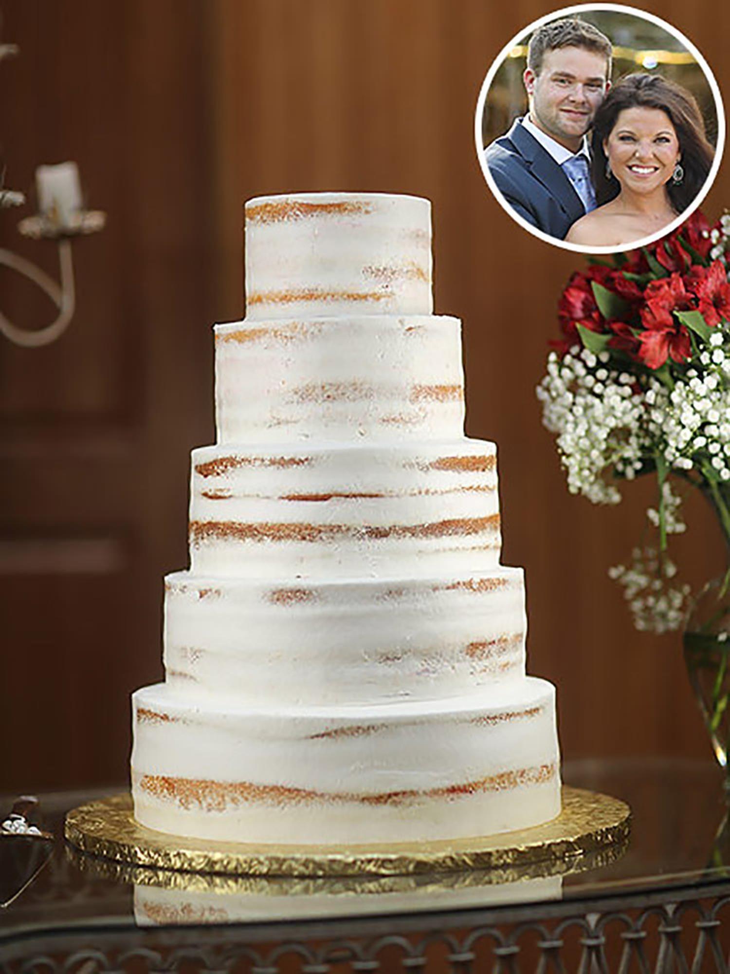 Wedding Cake Zingy Lemon In 2020 Wedding Cakes Modern Wedding Cake Wedding Cake Designs