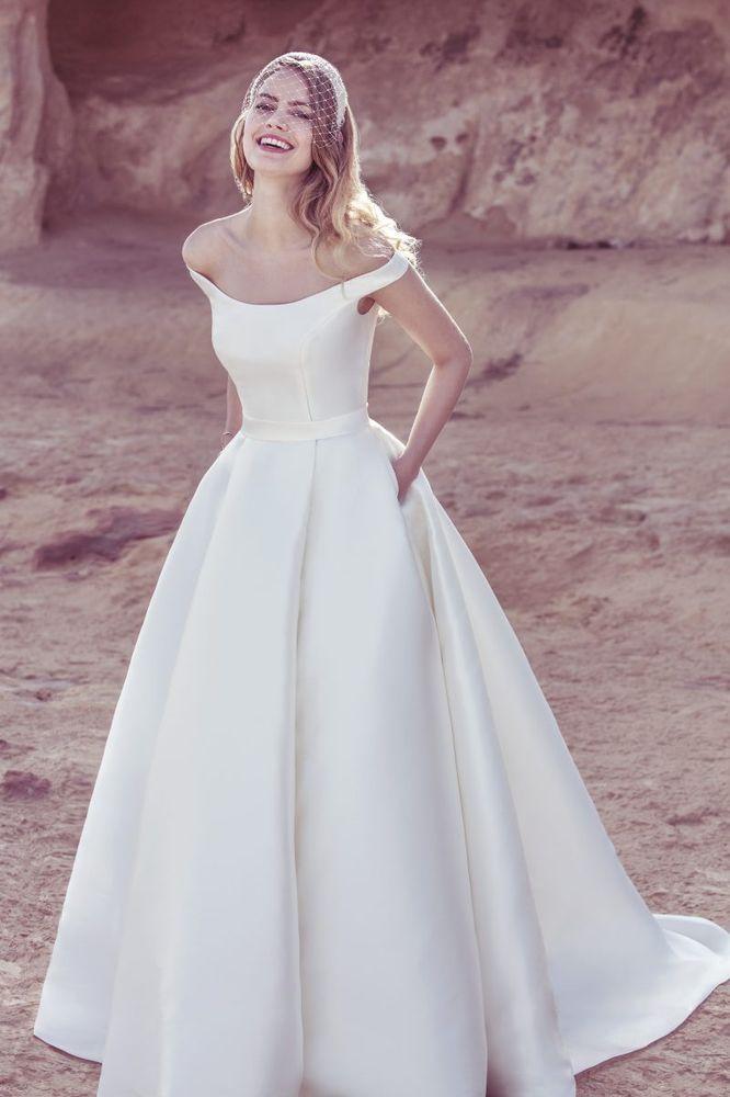 Photos for Global Bridal Gallery - Yelp | Vestidos de novia ...