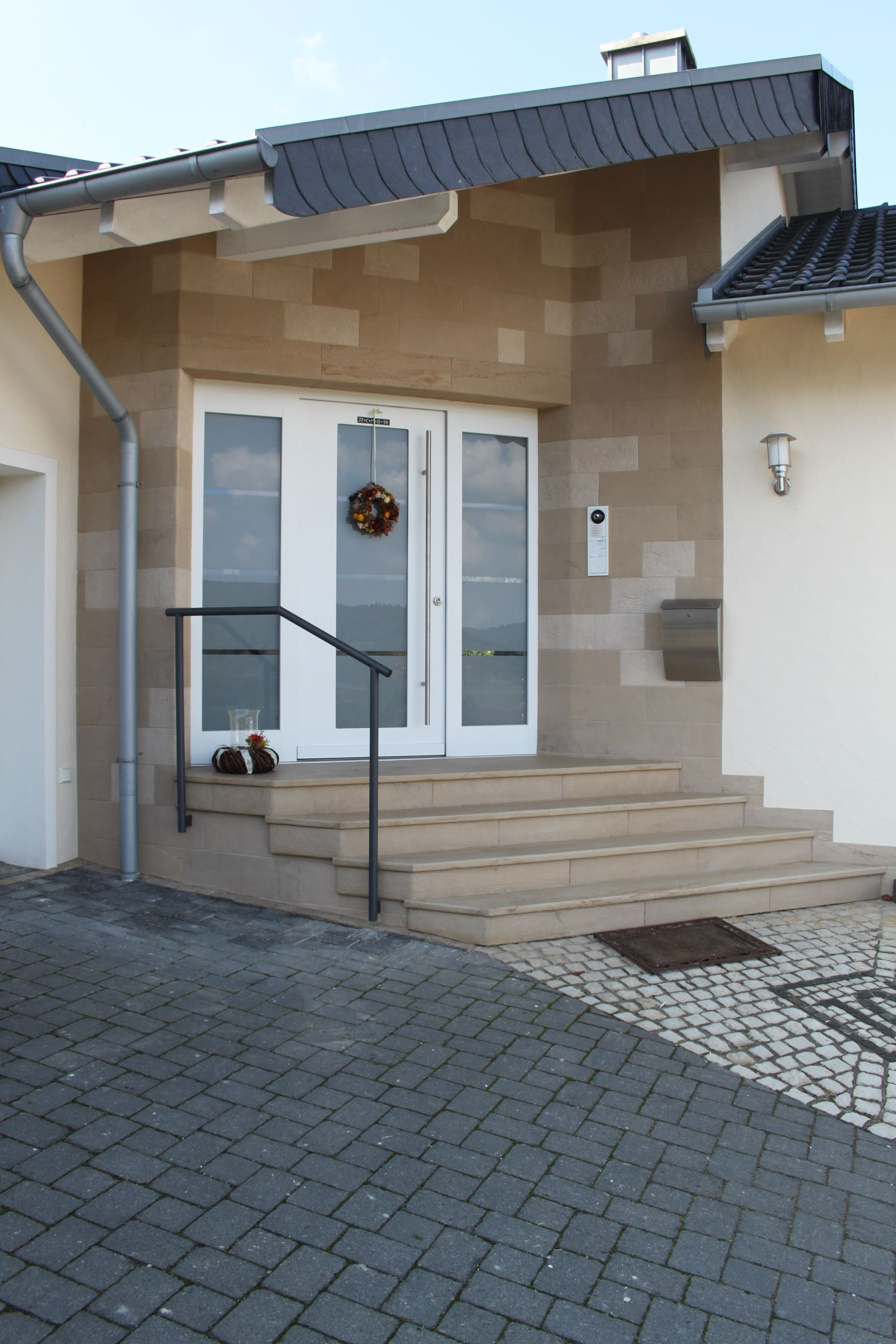 Stone Veneer Tile Cladding For External Areas Wall Steps And Flooring