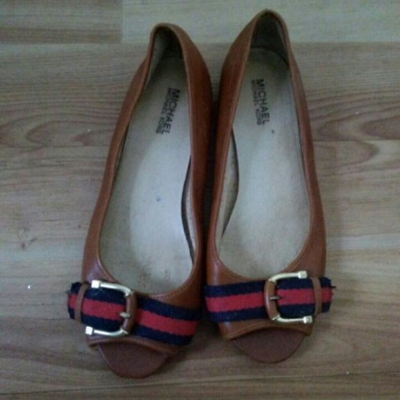 Michael Kors flats Good condition Michael Kors Shoes Flats & Loafers