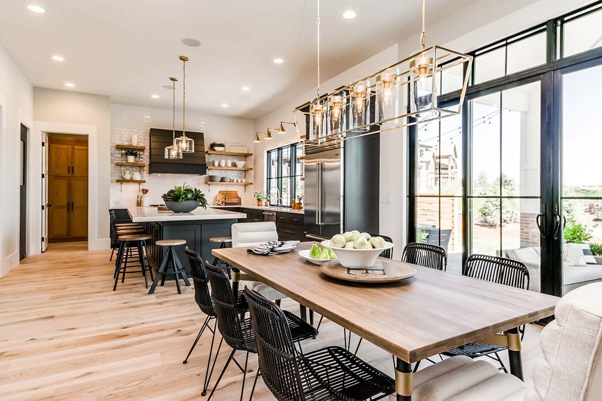 Urban farmhouse exudes a refreshingly chic style in the ...