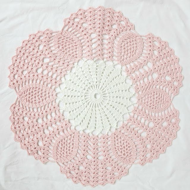 byHaafner, crochet, mandala, doily, pastel | Proyectos que intentar ...