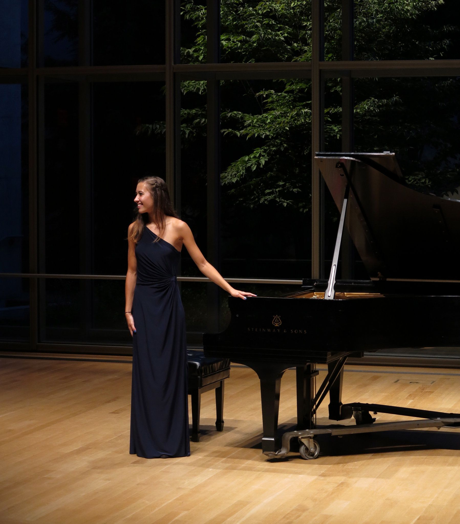 Winner of Cleveland Int'l Piano Competition youth event to play