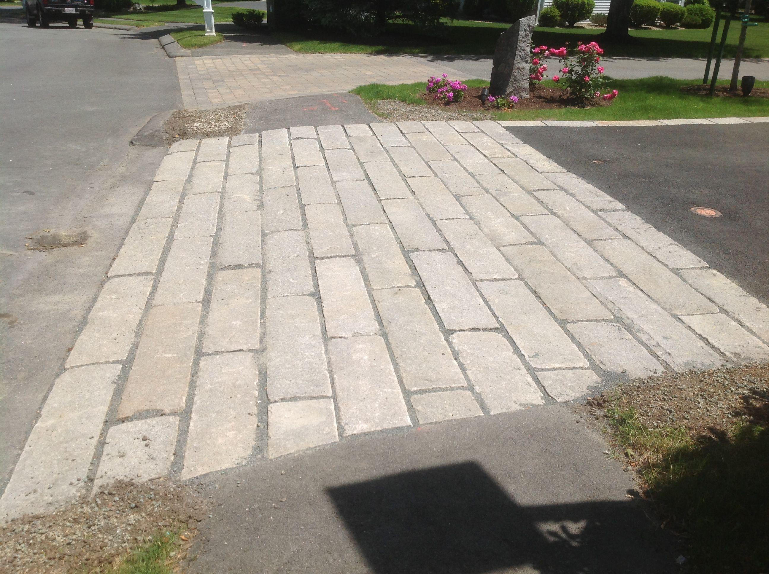 Granite Block Curb : Reclaimed granite curbing used in driveway apron