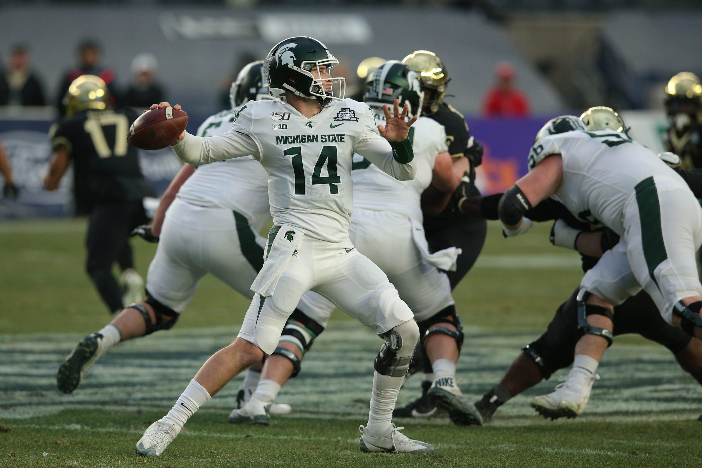 Brian Lewerke Stars As Michigan State Holds Off Wake Forest 27 21