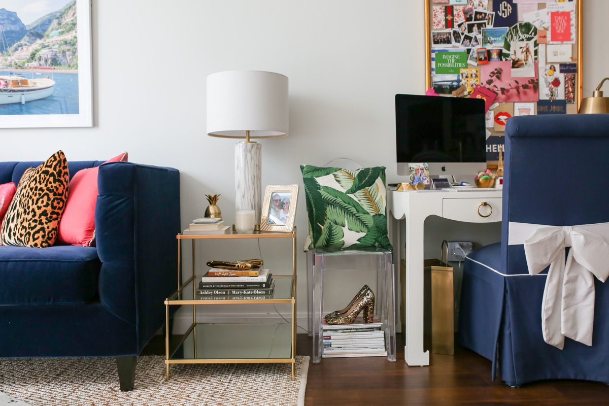 Fun Living Room Tour in Chicago's Gold Coast — bows