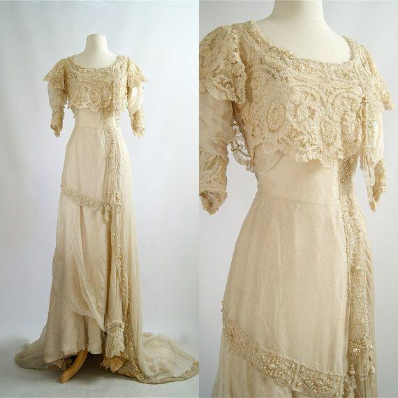Robe De Mariage Exquis Des Années 1900 Belle Par