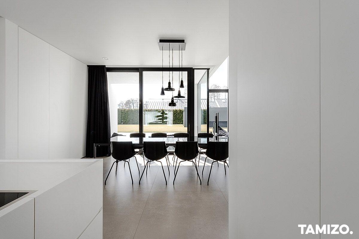 Tamizo u a i minimalistisch interieur