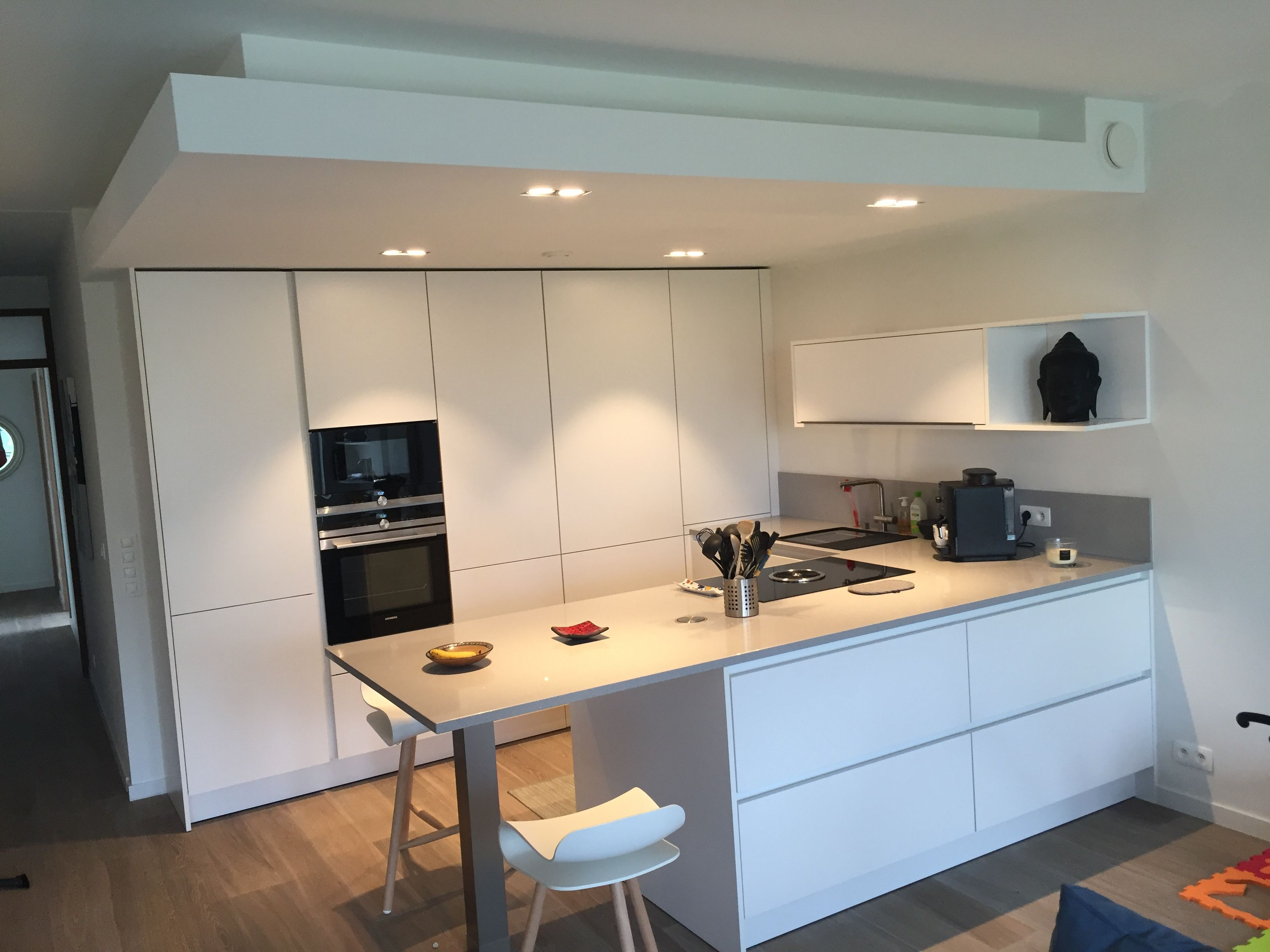 """A small SieMatic kitchen with high efficiency by """"Design ..."""
