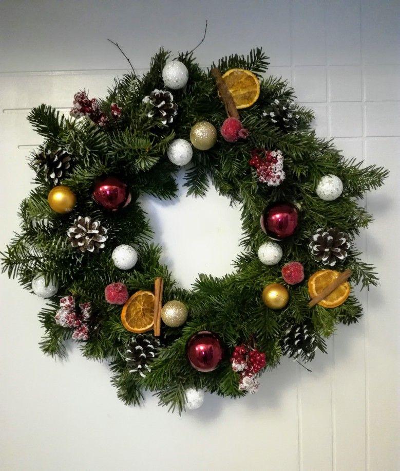 Wianek Zywy Bozonarodzeniowy Christmas Wreaths Holiday Decor Holiday
