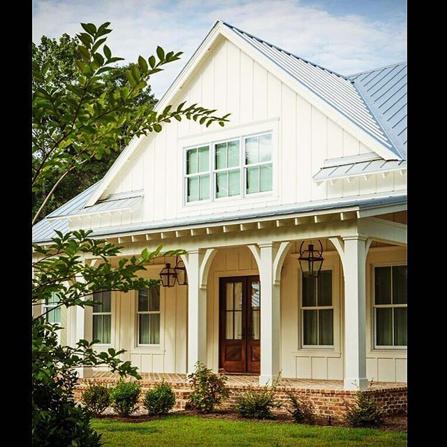 Modern Farmhouse Exterior Designs 11: Image Result For Modern Farmhouse With No Crown Molding