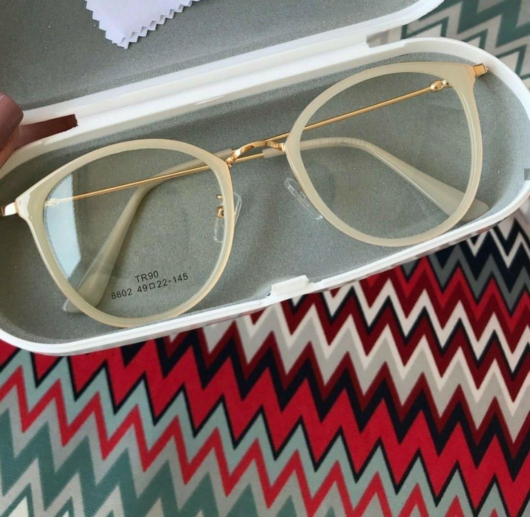 Pin De Michell Quijada Em Lentes Armacoes De Oculos Armacao De