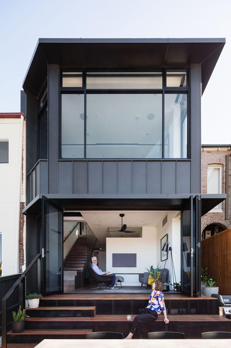 Beeindruckend Hausvordächer Ideen Von This Modern E Has Bleacher-style Steps Extending