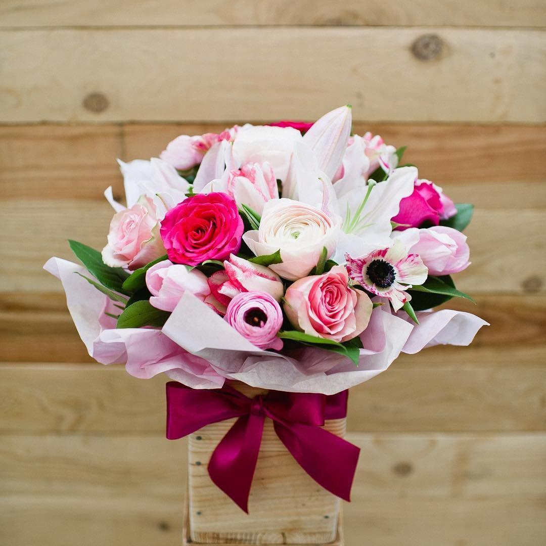 Flowers Arrangement Bouquet by singaporeflw